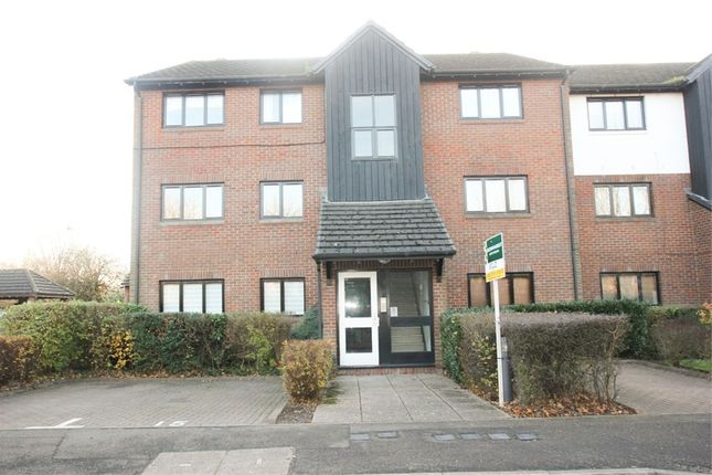 Thumbnail Flat to rent in West Quay Drive, Yeading, Hayes
