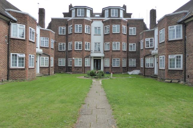 Flat to rent in Vicarage Farm Road, Hounslow