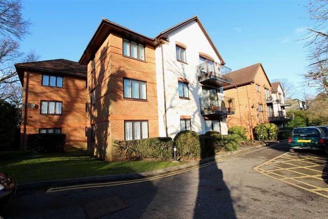 Thumbnail Flat to rent in Cygnet House, Uxbridge Road, Stanmore