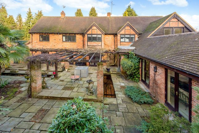 Thumbnail Detached house for sale in Burchetts Green Lane, Burchetts Green, Maidenhead