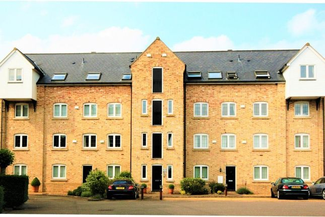 Thumbnail Flat to rent in Mill Road, Buckden, St. Neots