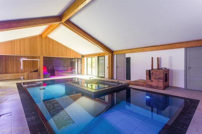 Indoor Pool Leisure Complex