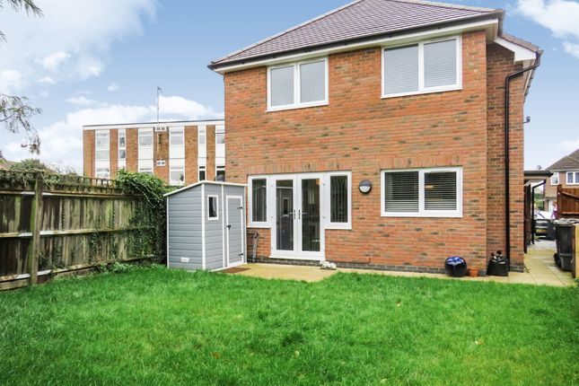 Thumbnail Maisonette for sale in Alfie, Mullion Close, Luton