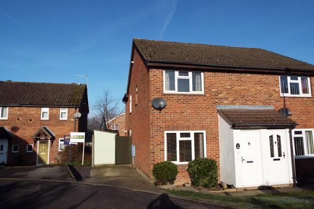 3 bed semi-detached house for sale in Tadley, Hampshire
