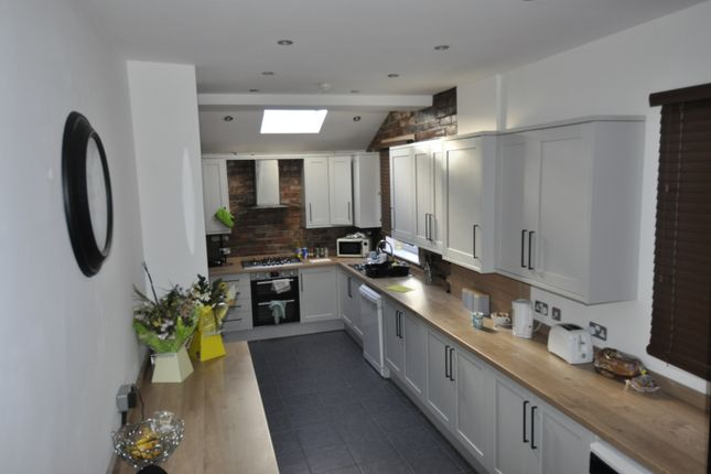 ***Newly Refurbed 2021/2022 6 Bed Student Accommodation With Monthly Communal Clean Included With Rent***