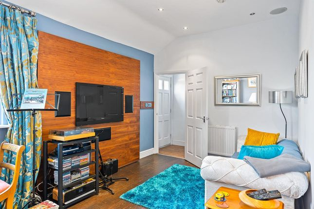 Lounge-Small-2 of St. Andrew Street, Hertford SG14
