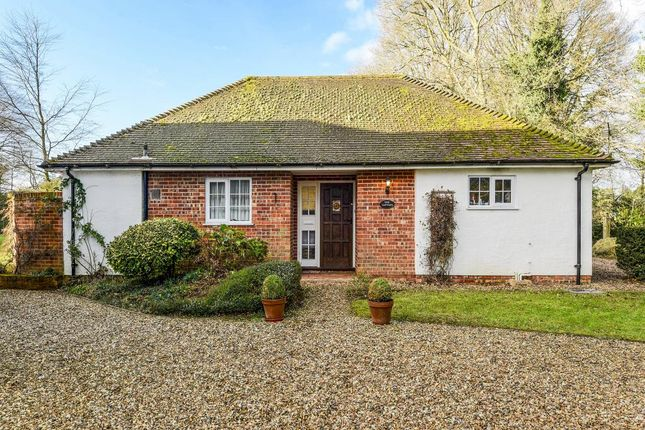 Thumbnail Cottage to rent in Burghclere, Newbury