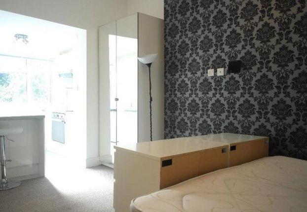 Studio to rent in Camden Park Road, London