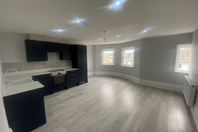 1 bed flat for sale in Clarendon Place, King Street, Maidstone ME14
