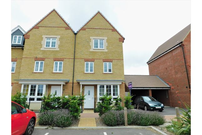 Thumbnail Semi-detached house for sale in Tagalie Square, Worthing