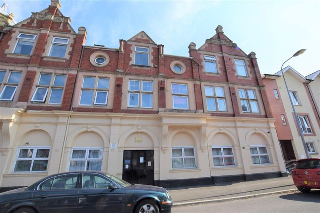 Thumbnail Flat for sale in Court Mews, Court Road, Barry