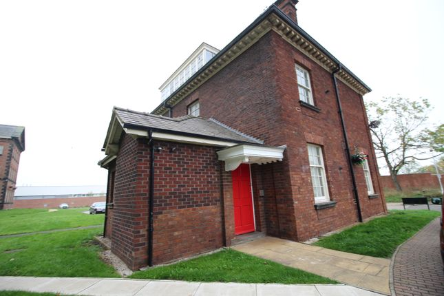 Thumbnail Flat to rent in Oakhouse Park, Walton, Liverpool