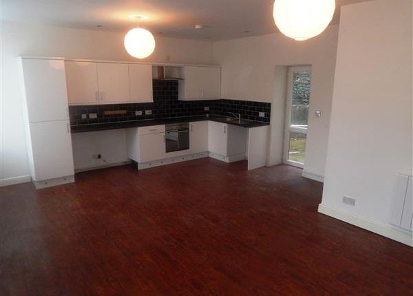 Thumbnail Flat to rent in White Rock Flats, Swan Terrace, Tonypandy