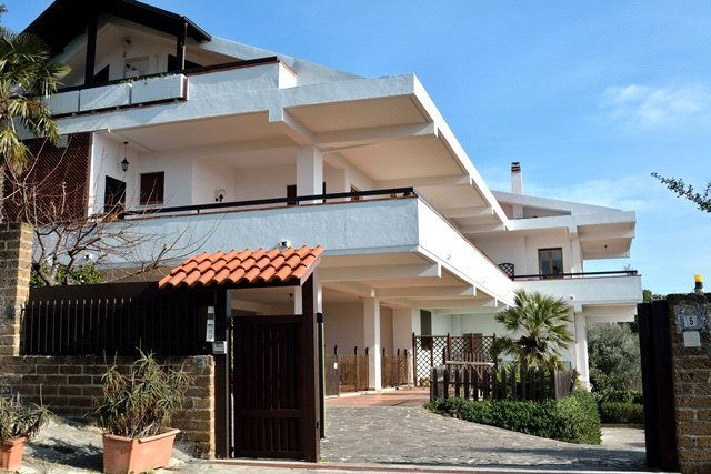 Thumbnail Property for sale in Villa Paradiso, Pescara, Abruzzo