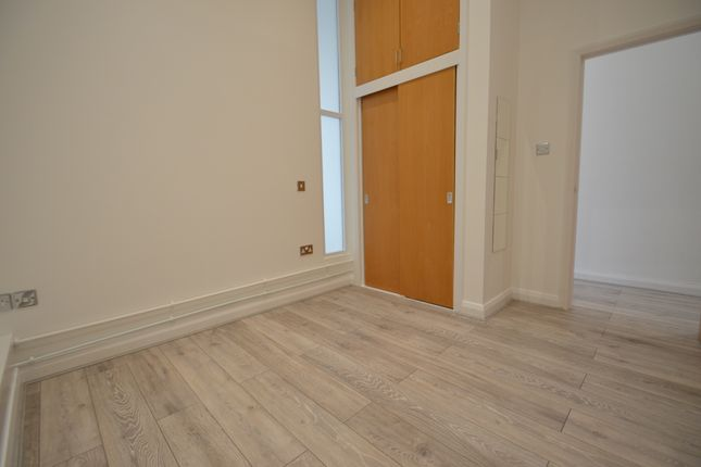 Bedroom of Thurland Street, Nottingham NG1