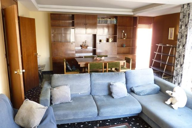 3 bed apartment for sale in Raval, Gandia, Spain