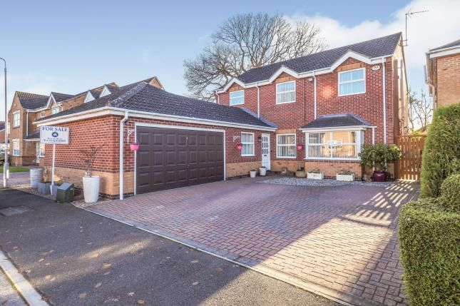 Thumbnail Detached house for sale in Brookfield Close, Radcliffe-On-Trent, Nottingham, Nottinghamshire