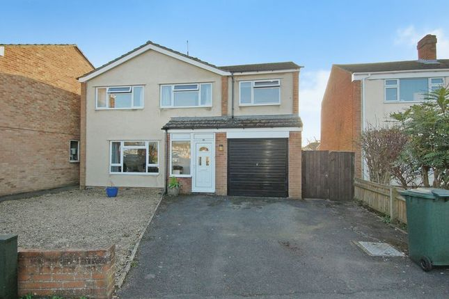 Thumbnail Detached house for sale in Sterling Road, Kidlington