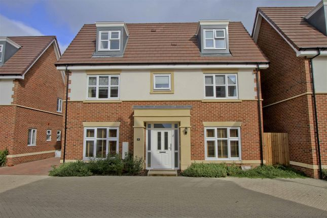 Thumbnail Detached house for sale in Truesdales, Ickenham