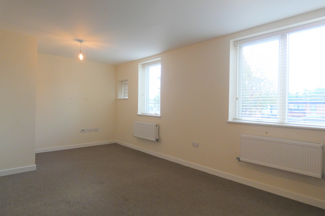 Thumbnail Property to rent in Westminster Court, Hipley Street, Old Woking