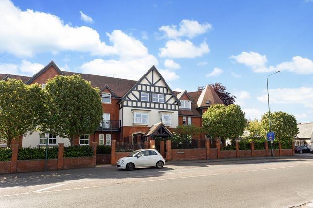 Thumbnail Flat to rent in London Road, Sunningdale, Ascot