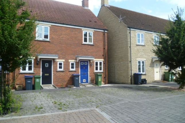 Thumbnail Property to rent in Linnet Road, Calne