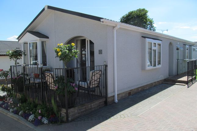 2 Bed Mobile Park Home For Sale In Friars Close Pilgrims Retreat Harrietsham