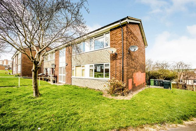 1 bed flat for sale in Fernside Close, Almondbury, Huddersfield, West Yorkshire HD5