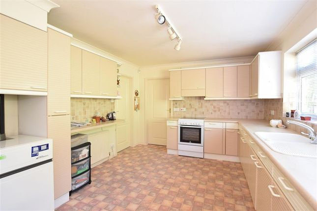 5 bed detached house for sale in Hill Road, Lewes, East Sussex