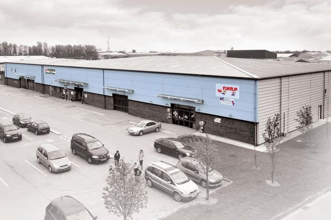 Industrial to let in Unit 4, Rawcliffe Road Trade Park, Goole.