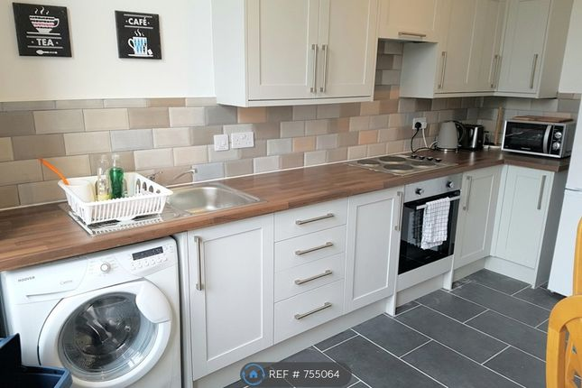 Thumbnail Flat to rent in Whitecrook Street, Clydebank