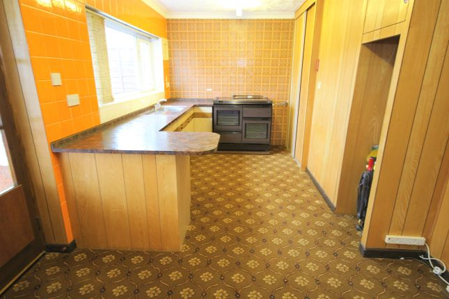 Kitchen of The Greenacres, Hutton, Preston PR4