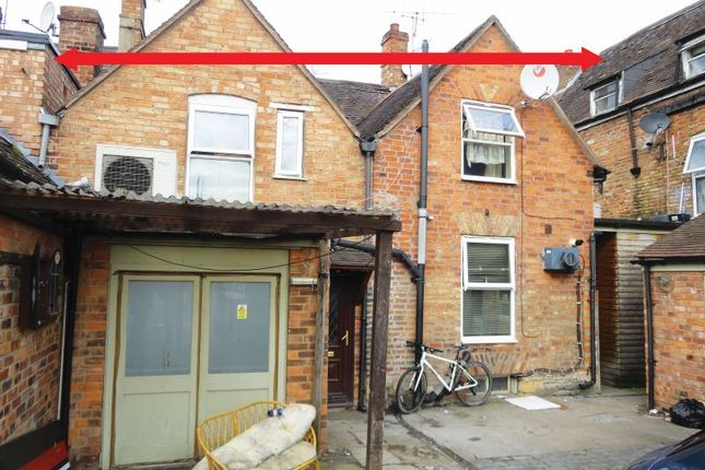 Thumbnail Flat for sale in Waterside, Evesham, Worcestershire