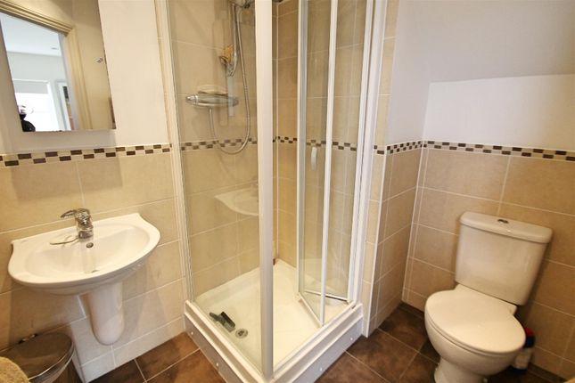 En-Suite: of Tower View, Bushey Heath, Bushey WD23