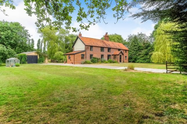 Thumbnail Detached house for sale in Harleston, Suffolk, .