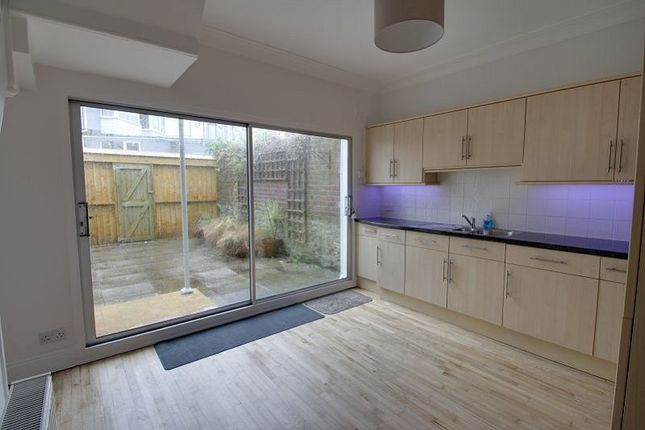 Thumbnail Terraced house for sale in Wesley Place, Mutley, Plymouth