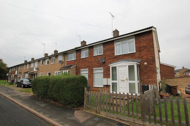 Thumbnail Maisonette to rent in Foxfield, Stevenage