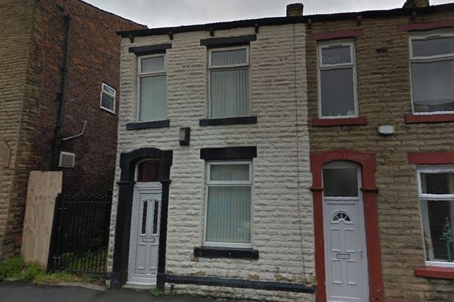 Thumbnail Terraced house to rent in Queen Street, Shaw