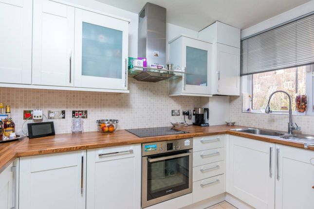 Thumbnail Terraced house for sale in Abbeyfields Close, Park Royal