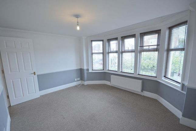 1 bed flat to rent in Queens Park Road, Bournemouth BH8
