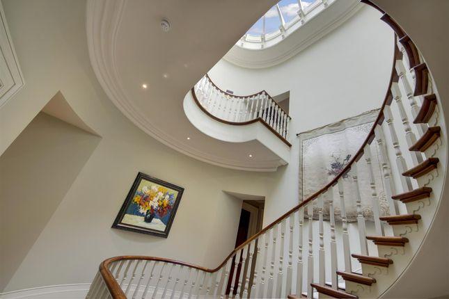 House. Estate Agents Lurgashall Stairs