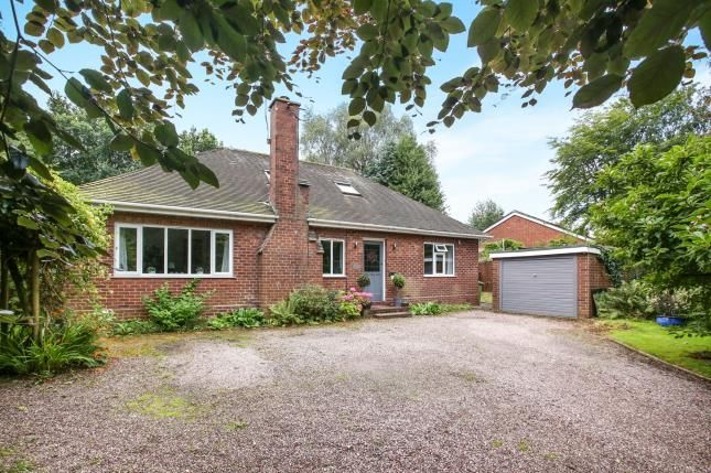 2 bed bungalow for sale in Beach Road, Hartford, Northwich, Cheshire