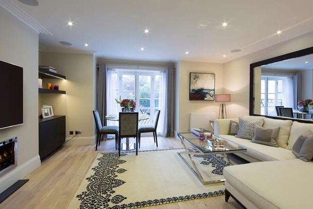 Thumbnail Flat to rent in Park Walk, London