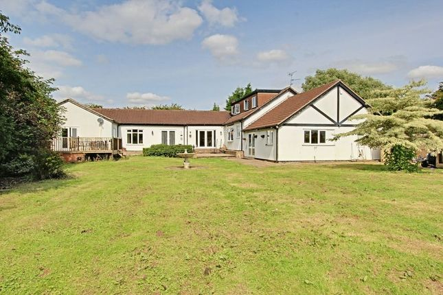 Thumbnail Detached house for sale in Carr Lane, Dunswell, Hull