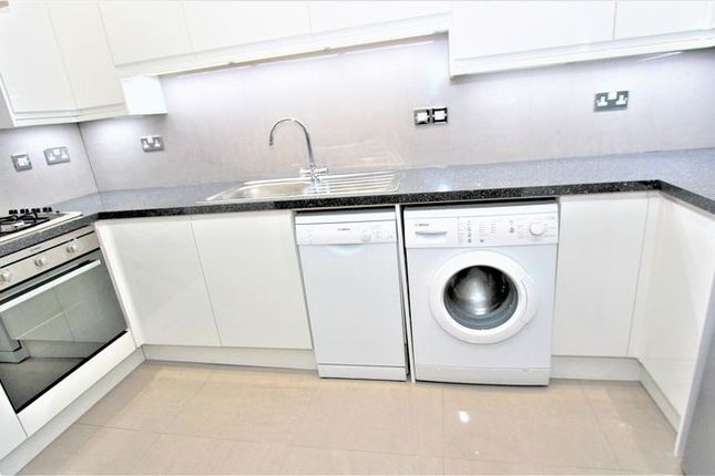 Thumbnail Property to rent in Bethune Road, London