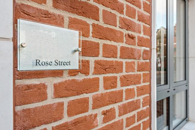 Picture 3 of Rose Street, Wokingham RG40