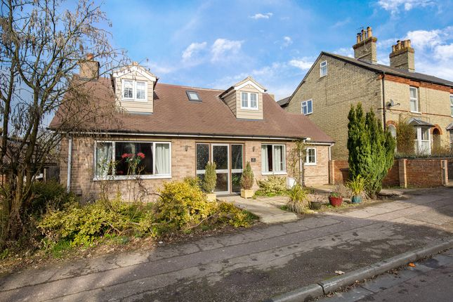 Thumbnail Property for sale in Stamford Avenue, Royston