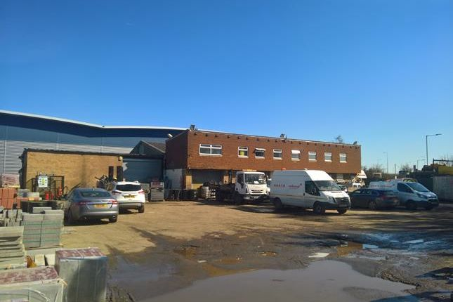 Thumbnail Land to let in 2, Salamons Way, Rainham, Essex