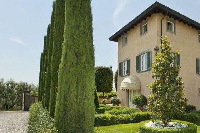 Thumbnail Villa for sale in Gragnano, Capannori, Lucca, Tuscany, Italy