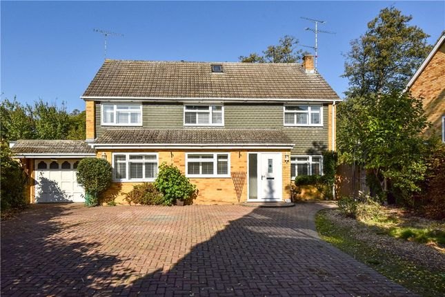 Thumbnail Detached house for sale in Weybridge Mead, Yateley, Hampshire
